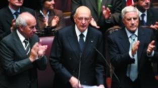 Napolitano presidente e garante