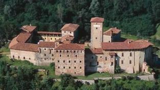 """Castello """"esteriore"""" e spiritualità """"collettiva"""""""