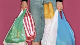 """Tornano i """"personal shopper"""" per le persone fragili"""