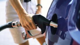L'Unione europea dice basta agli sconti sui carburanti