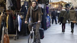 Un premio per chi va al lavoro in bici o a piedi