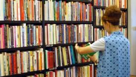 Libri: una legge contrastata