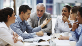 Amicizia sul luogo di lavoro: una questione di impegno!