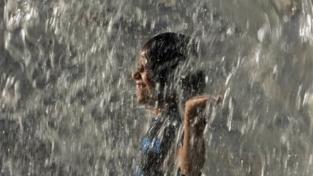 L'India oppressa dal caldo torrido
