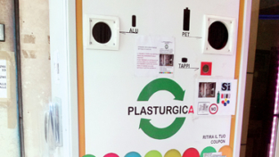 Eco-ricly, macchina mangia plastica