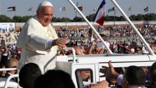 Francesco elogia cristiani e musulmani