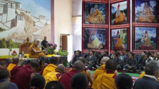 A scuola dal Dalai Lama
