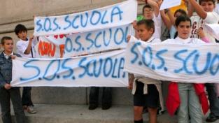A Genova gli studenti dicono no alle scuole chiuse il sabato