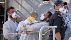 Il governo dimezza i fondi per i piccoli sopravvissuti del mare
