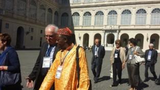 Papa Francesco accoglie i focolarini