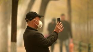 Smog, gli effetti nocivi sulla salute si trasmettono ai figli