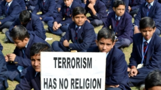 La tragedia di Peshawar vista dalla stampa pakistana