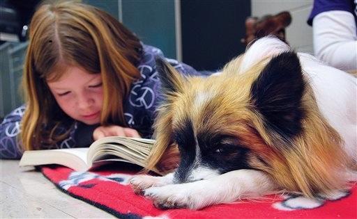 Bambina col cane