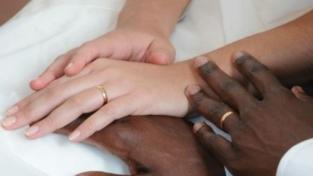 Matrimoni misti in aumento. Opportunità o rischio?