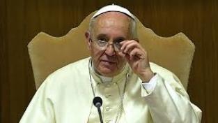 No alla corruzione, al vescovo-pilota, all'omologazione