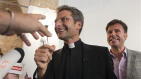 Il coming out pre Sinodo di Charamsa