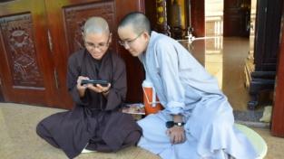 La giornata delle monache buddiste