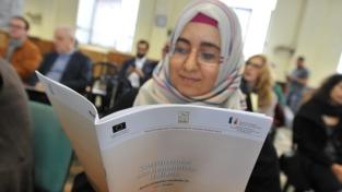 La Costituzione in versione araba