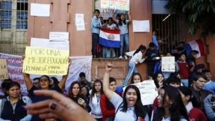 Occupazioni studentesche in Paraguay