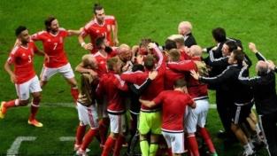 Galles: trionfo da urlo
