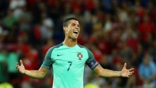 Re Cristiano porta il Portogallo in finale