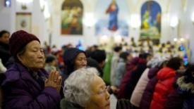 Dai cattolici cinesi 56 mila dollari per i terremotati