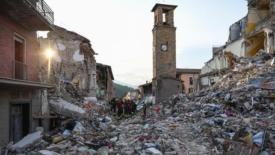 Terremoto, un anno di promesse disattese