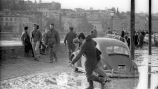 4 novembre 1966. Tutto il mondo diventò Firenze