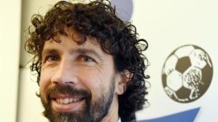 La sfida di Damiano Tommasi: lo sport per educare