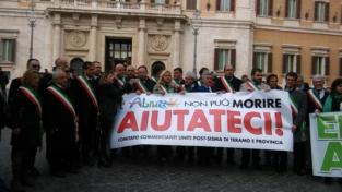 I sindaci abruzzesi: il governo ci aiuti a sopravvivere