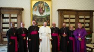 Un cardinale a Paksé