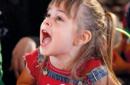 Bambine col seno, attenzione all'alimentazione