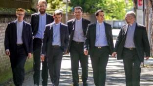 Testimoniare la fraternità sacerdotale