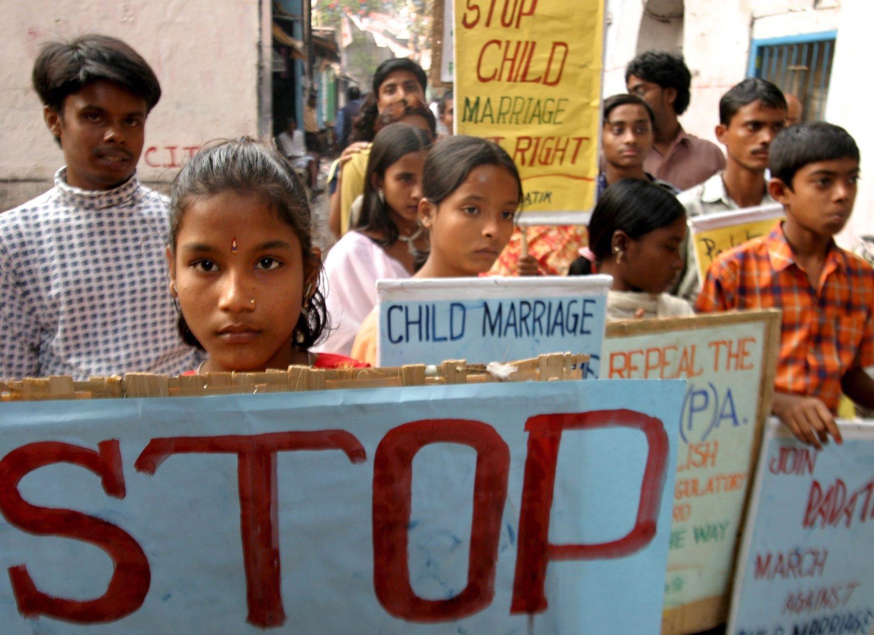 una-protesta-in-india-contro-il-matrimonio-delle-bambine-foto-ansa