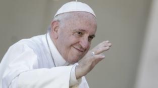 Francesco: date tenerezza a chi soffre, ad anziani e bambini