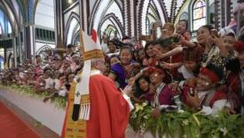 Le 3 parole del papa per il Myanmar