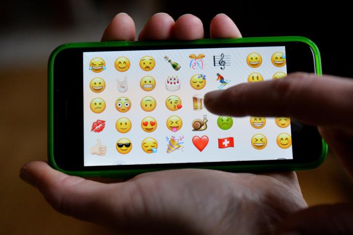 Dal 2018 WhatsApp interromperà il supporto per BlackBerry e Windows Phone