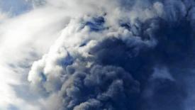 Petroliera affonda nel mar cinese, rischio disastro ambientale