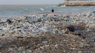 Una guerra a colpi di spazzatura