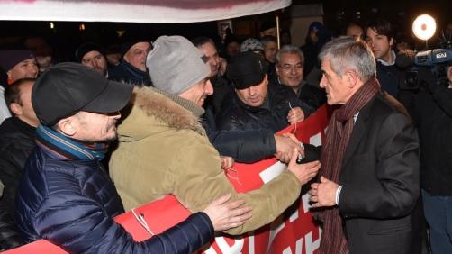 Sergio Chiamparino pres. regione Piemonte incontra i lavoratori Embraco durante il convegno del PD