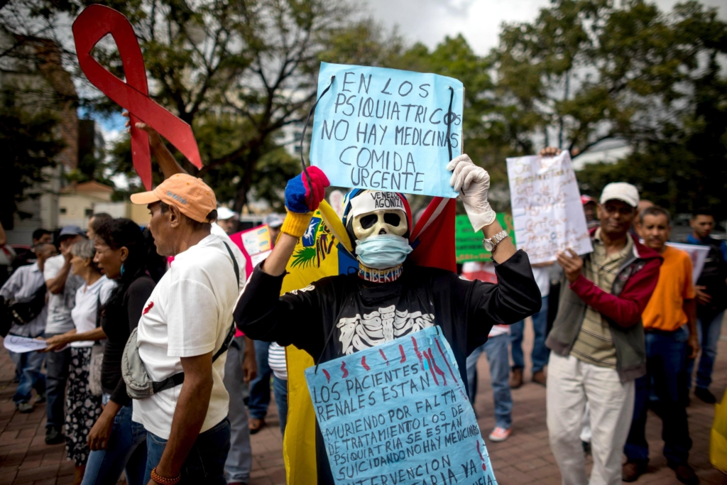 Venezuelans with serious illnesses protest