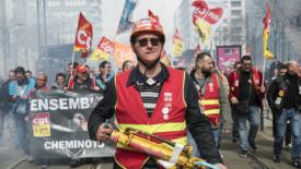Francia: 36 giorni di sciopero contro la riforma Macron