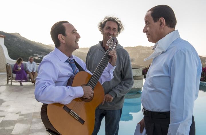 Crepuscolare ma vitale, è il Berlusconi di Sorrentino