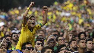 Brasile e Belgio avanti