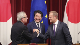 Ue e Giappone, accordo storico sul libero scambio