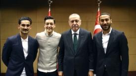 Il caso Özil scuote la Germania