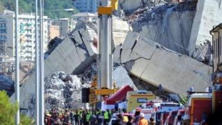 Crolla il ponte Morandi, tragedia a Genova