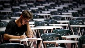 Ocse: deficit di laureati in Italia