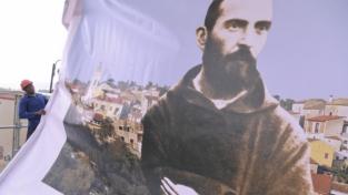 Padre Pio, santo o santone?