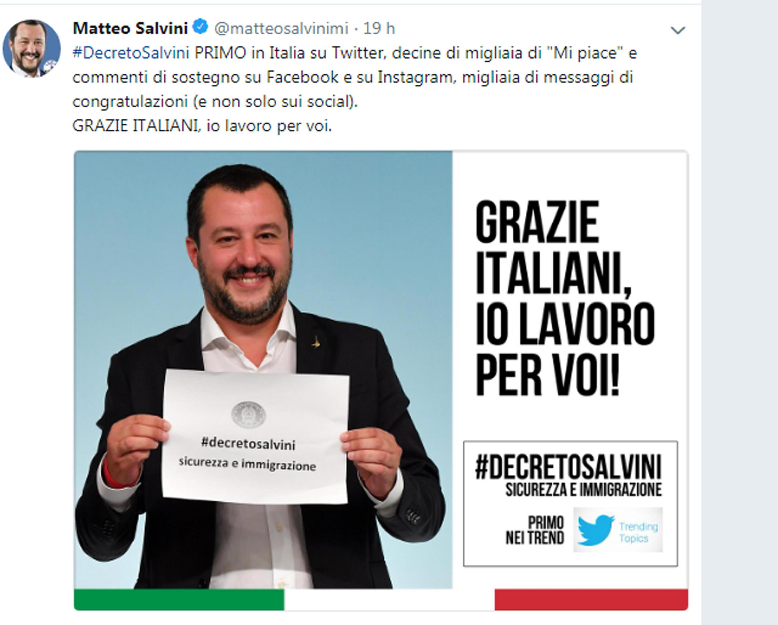 Salvini su Facebook, grazie italiani io lavoro per voi